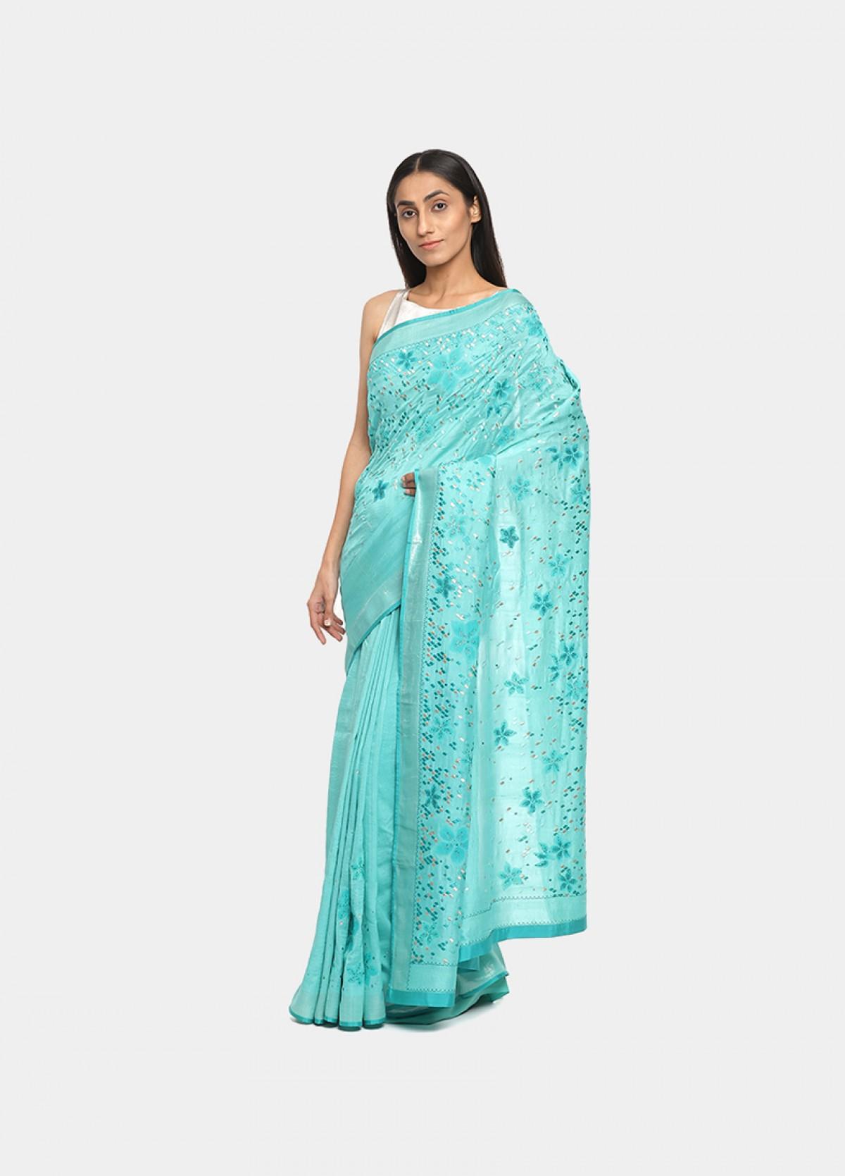 The Cityscape Blossoms Sari