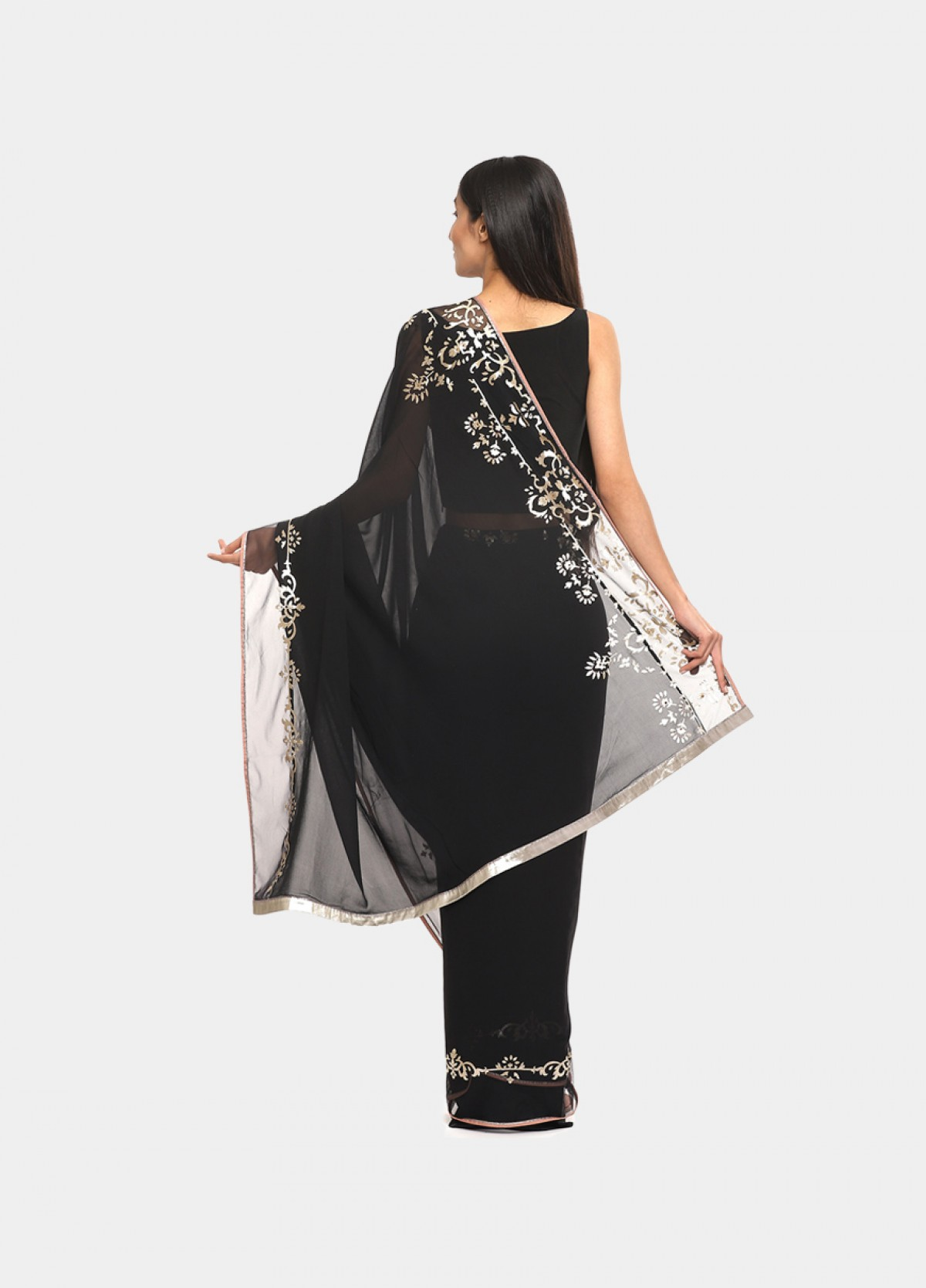 The Metallic Muse  Sari