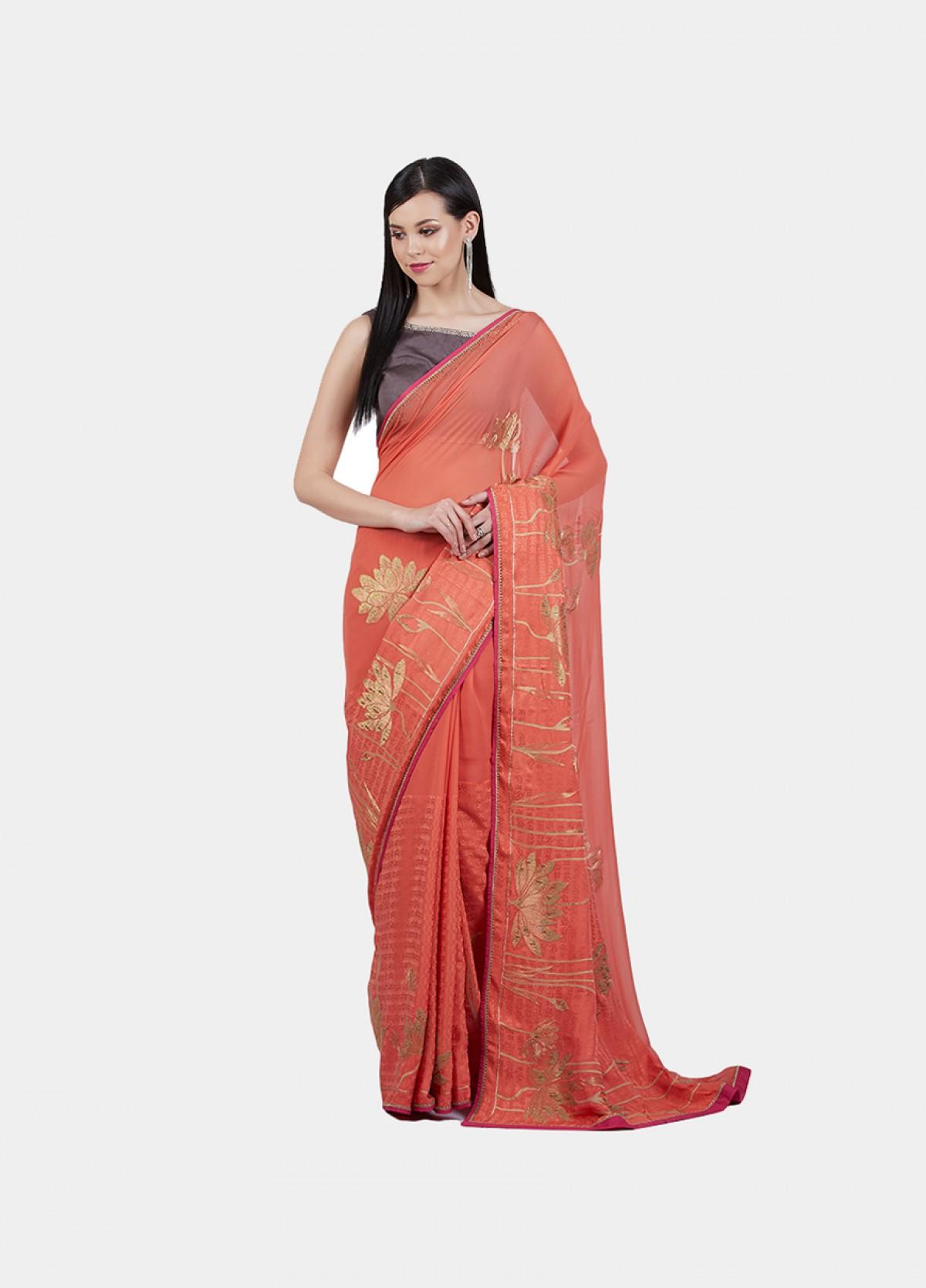 The Lotus Sutra Sari