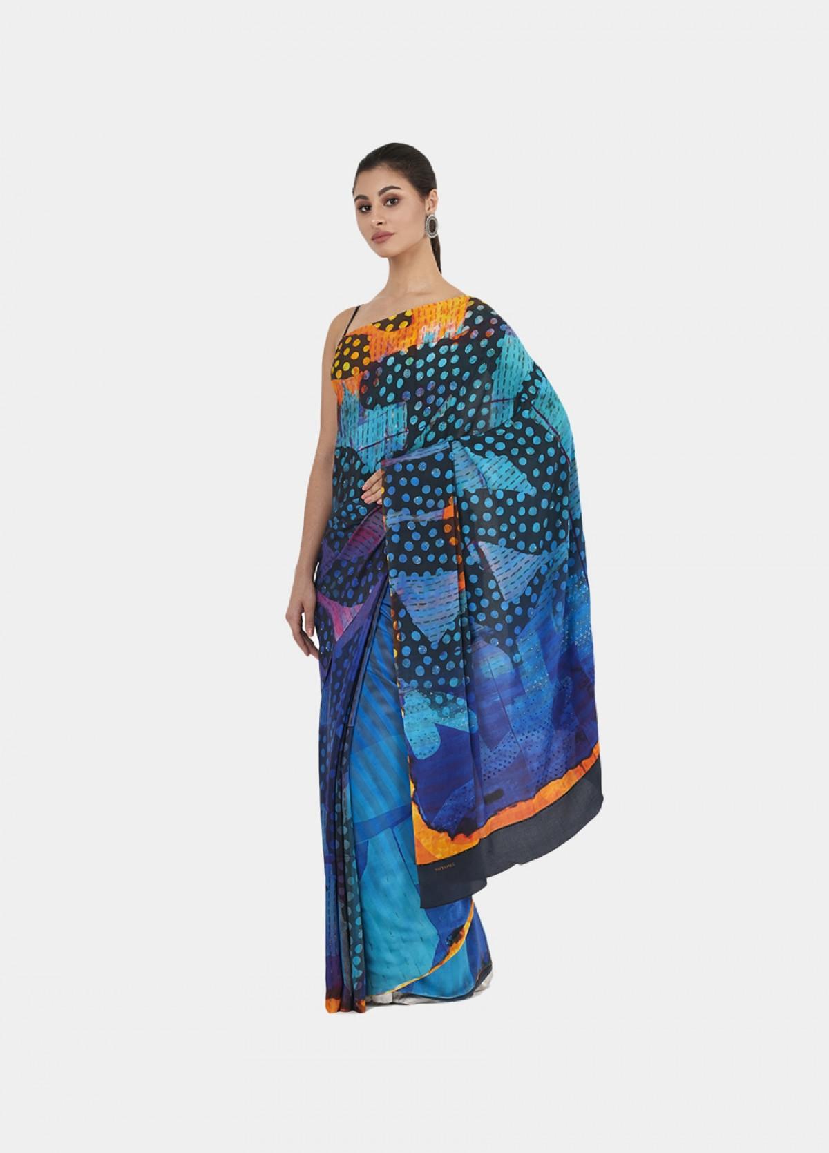The Maze Sari