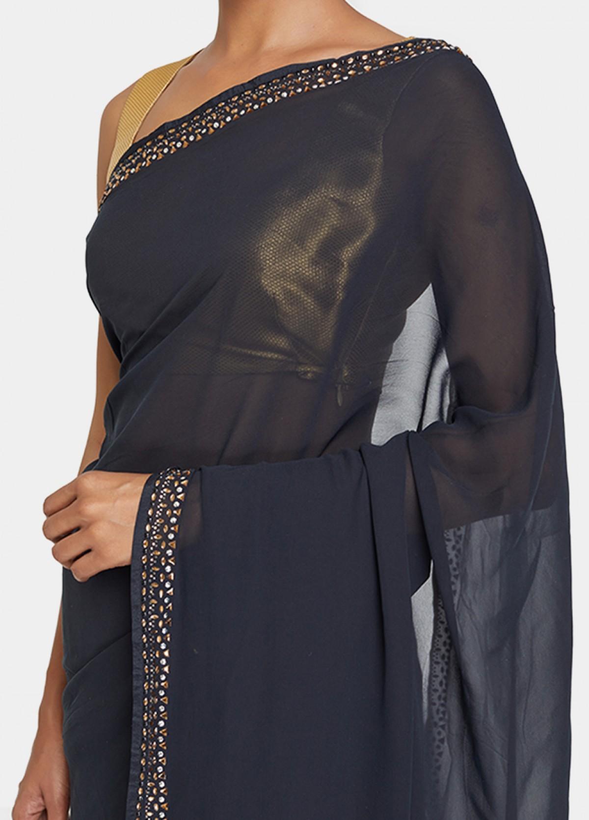 The Naureen Sari