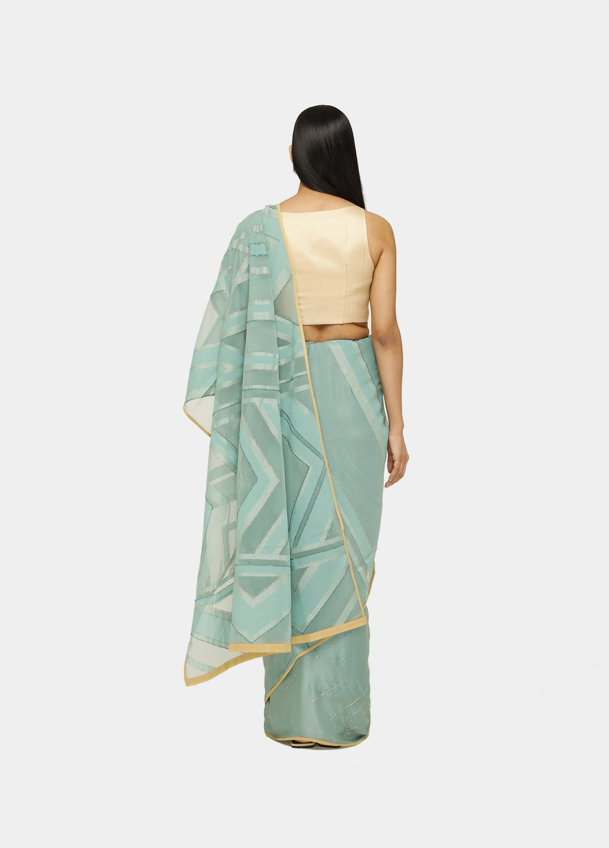 The Mesh Sari
