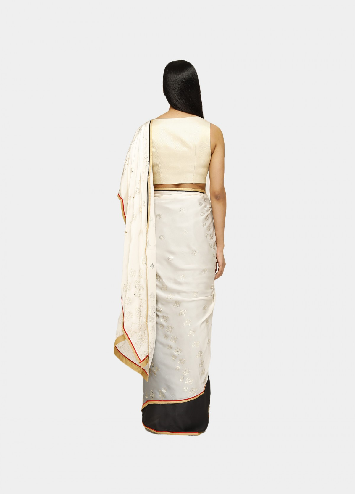 The Geometric Deck Sari