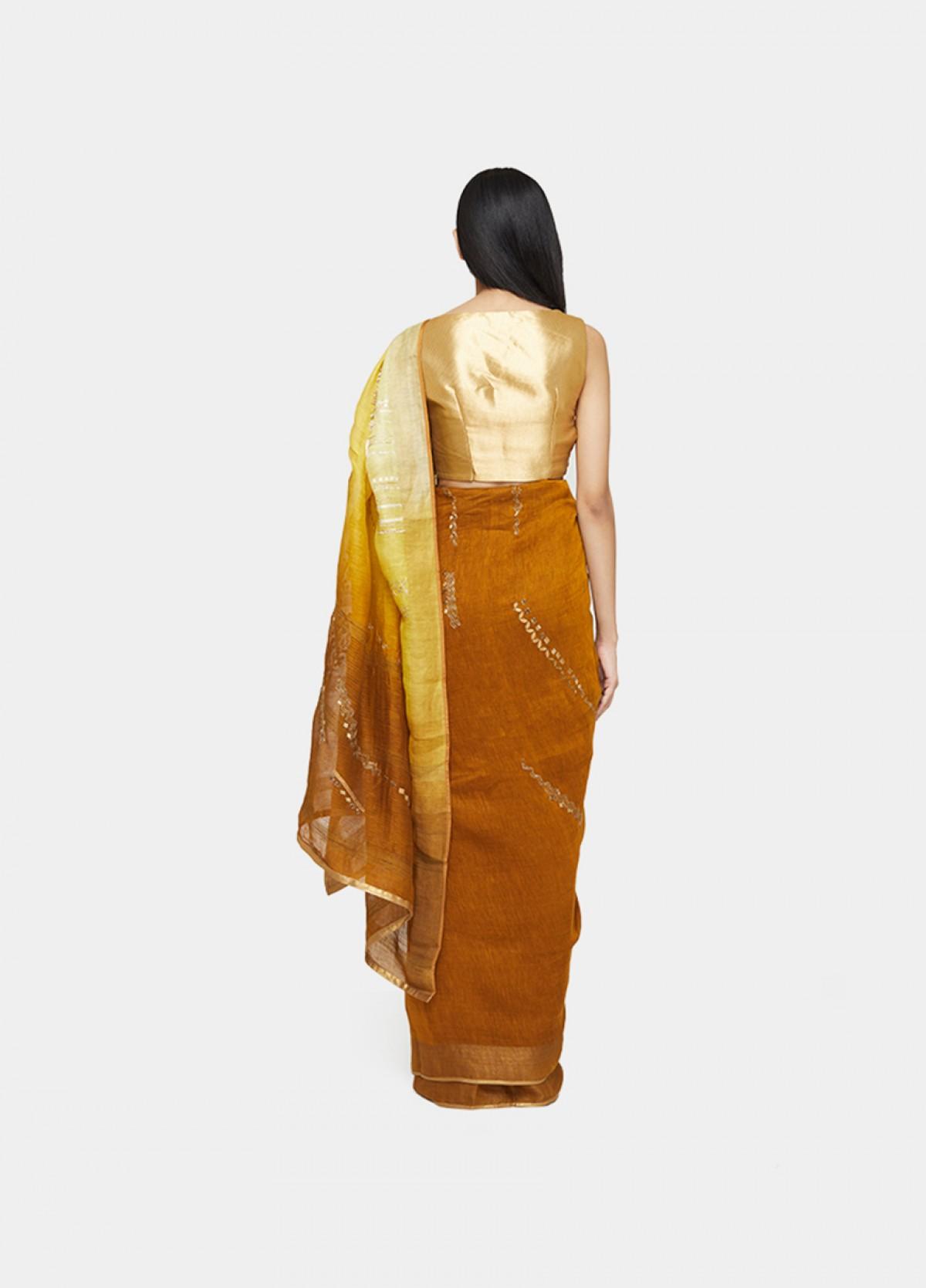 The Mandalakar Sari