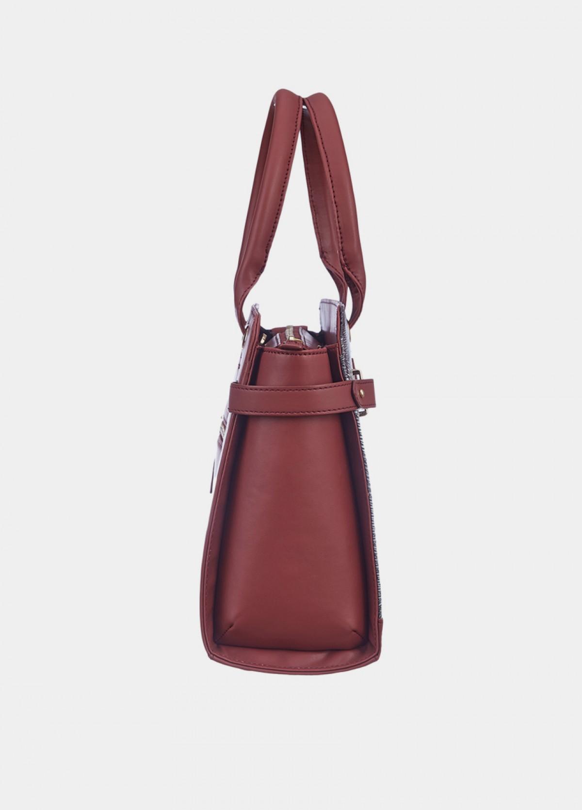 The Macchli Shoulder Bag