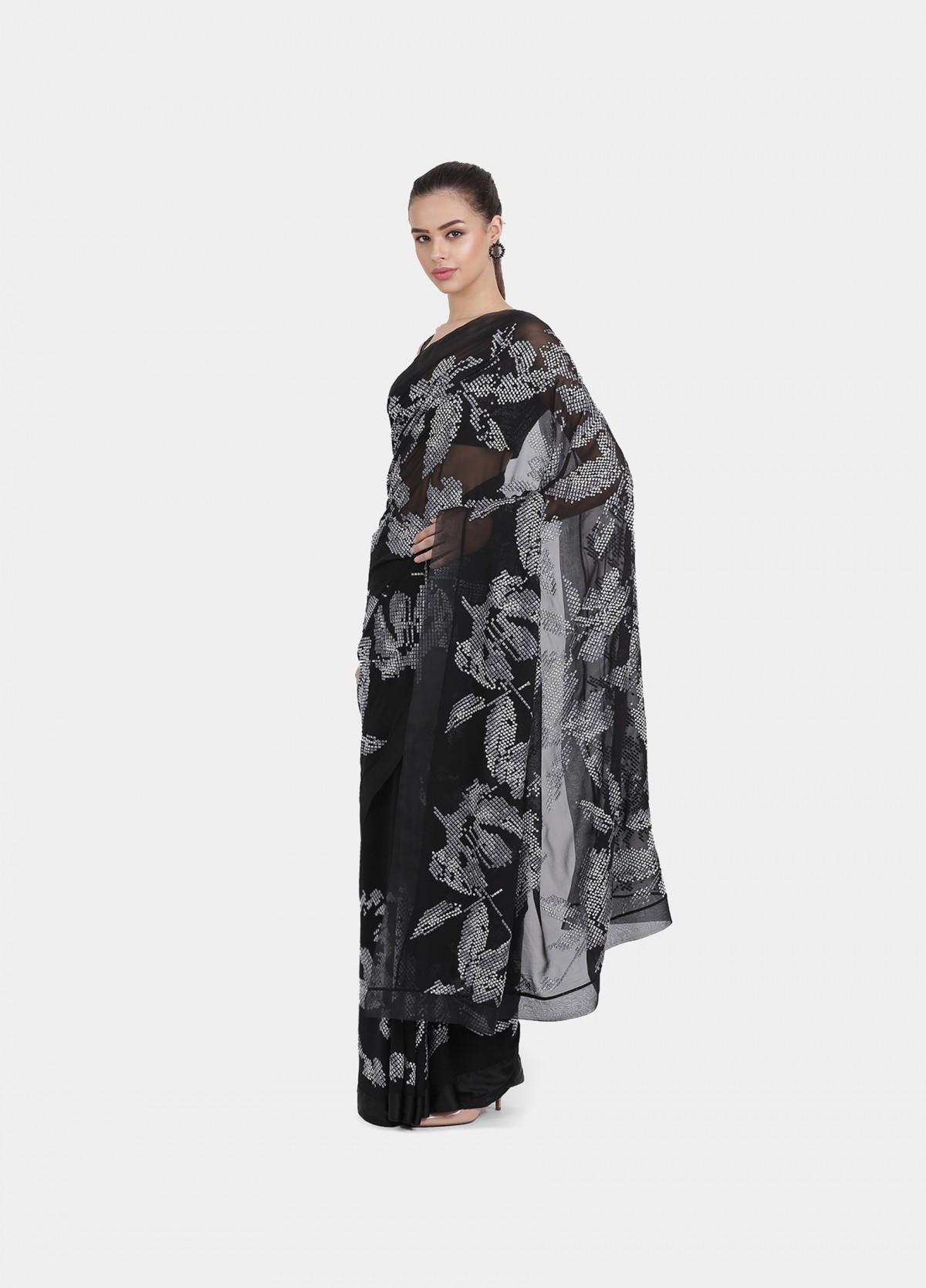 The Mehtab Sari