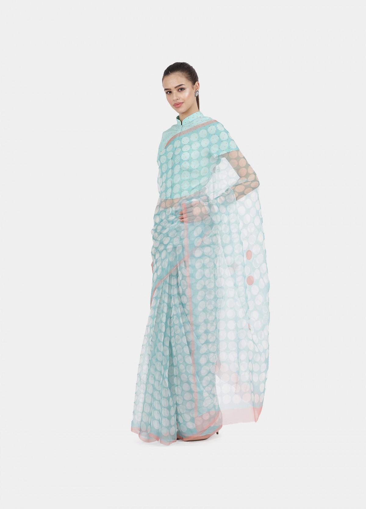 The Pause Sari