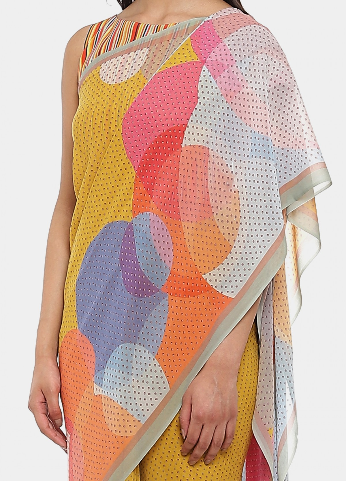 The Stellar Sari